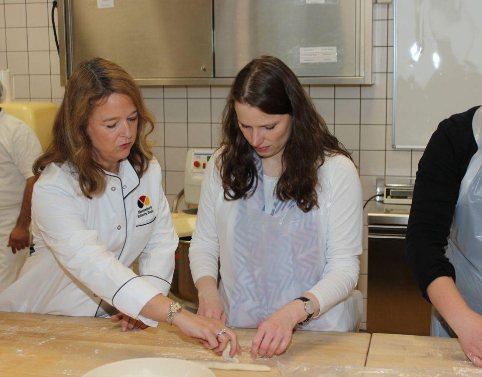 Praxiskurs der Bäcker-Innung